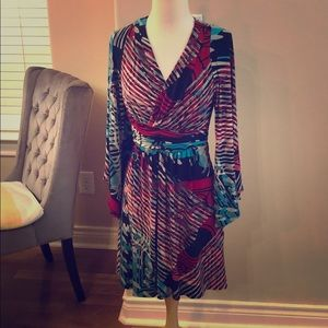 Laundry Multi color dress with gorgeous sleeves